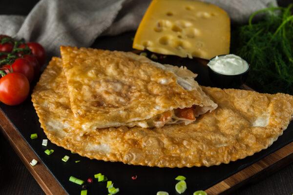 Tseburek kolma juustu - ja Tomatiga